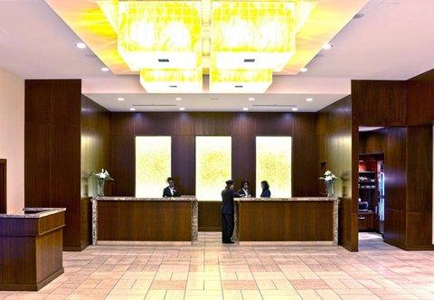 Photo of lobby of Ottawa Marriott Hotel
