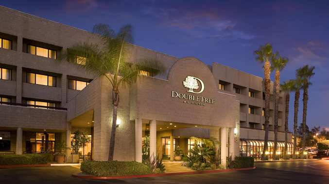 Exterior photo of Doubletree by Hilton Los Angeles-Rosemead