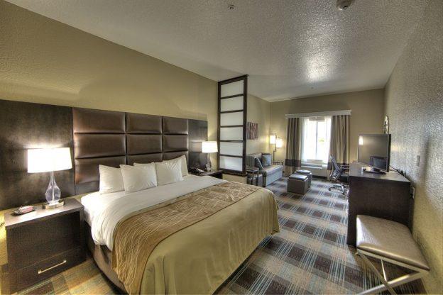Comfort Inn & Suites Fort Worth West