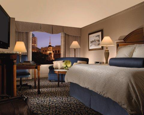 Photo of guest room at Omni Hotel at Independence Park in Philadelphia