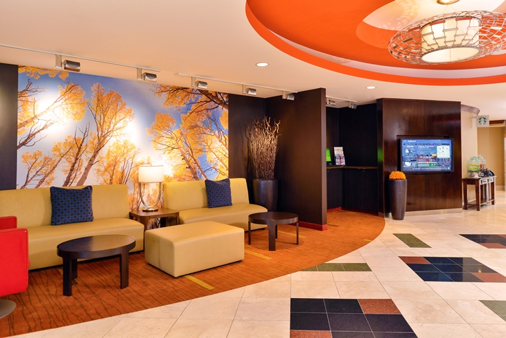 Photo of lobby at Courtyard by Marriott Denver Cherry Creek