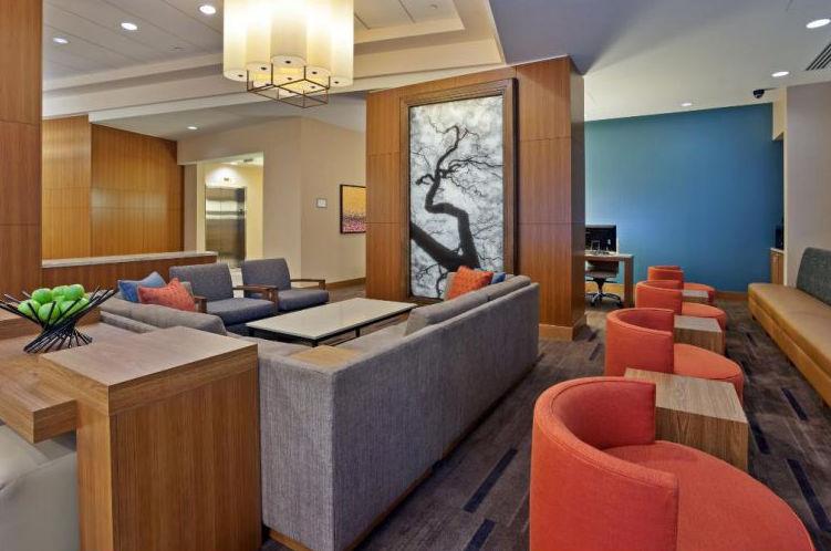 Photo of lobby of Hyatt Place Bowling Green in Kentucky