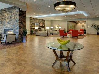 Lobby of the DoubleTree by Hilton Hotel Flagstaff
