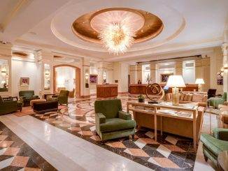 Lobby of Conrad Indianapolis Hotel