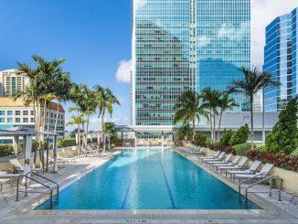 Swimming pool at Conrad Miami