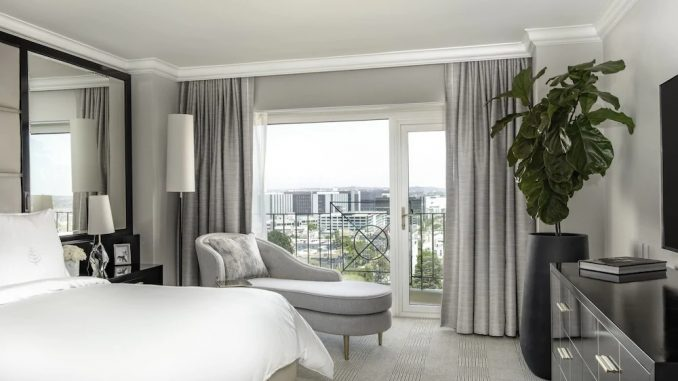 Guest room at Four Seasons Los Angeles at Beverly Hills