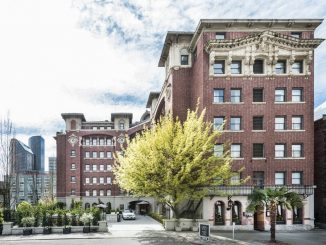 Exterior view of Hotel Sorrento in Seattle, Washington